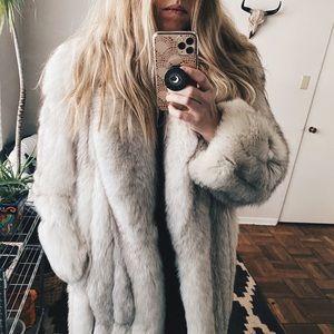 SAGA FOX | Authentic Vintage Fur Coat